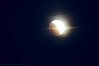 Lunar Eclipse - cloud passing in front of the Moon