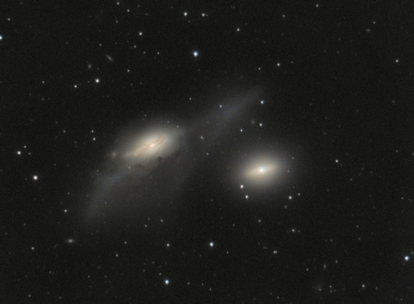 The Eyes (NGC 4435&4438, Arp 120)